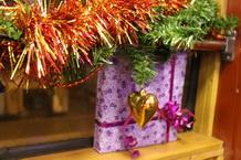 Новый год в трамвае. новогодняя елка в трамвае. новогодний трамвай. аренда трамвая на новый год в петербурге. детская новогодняя елка в трамвае. елки 2018