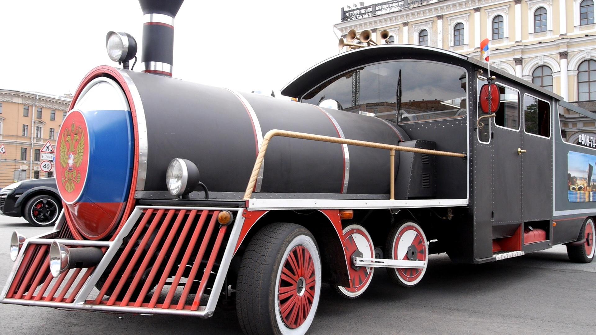 Паровоз на праздник, поезд, лимузин, оригинальный транспорт, ретро трансопрт для экскурсий